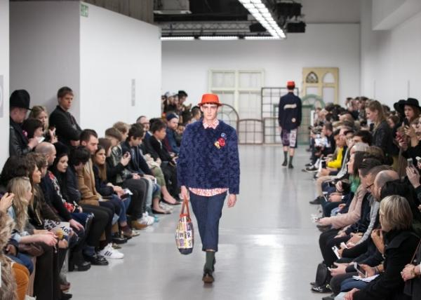 Kit Neale AW15 (Kensington Leverne, courtesy of British Fashion Council)
