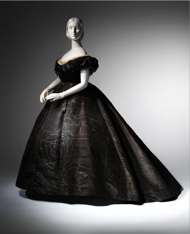 2. Evening Dress, ca. 1861 Black moiré silk, black jet, black lace Lent by Roy Langford (C.I.L.37.1a) Photo: © The Metropolitan Museum of Art, by Karin L. Willis
