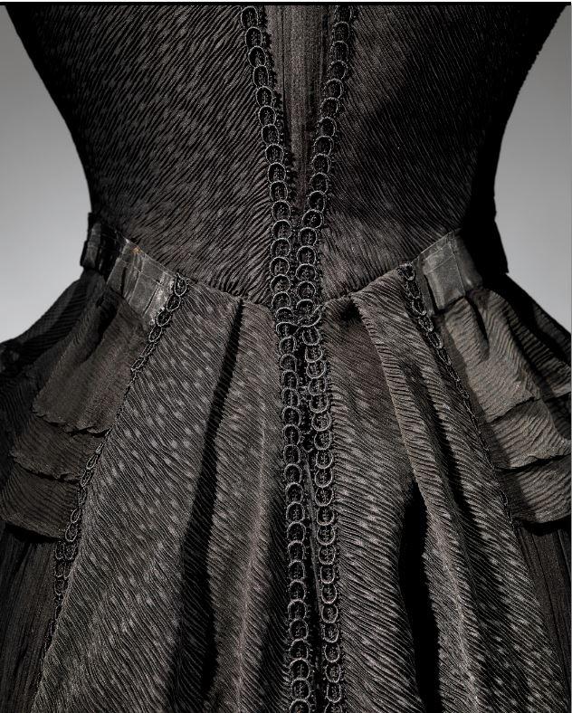 Mourning Dress (Detail), 1902-1904 Black silk crape, black chiffon, black taffeta The Metropolitan Museum of Art, Gift of The New York Historical Society, 1979; (1979.346.93b, c) Photo: © The Metropolitan Museum of Art, by Karin L. Willis